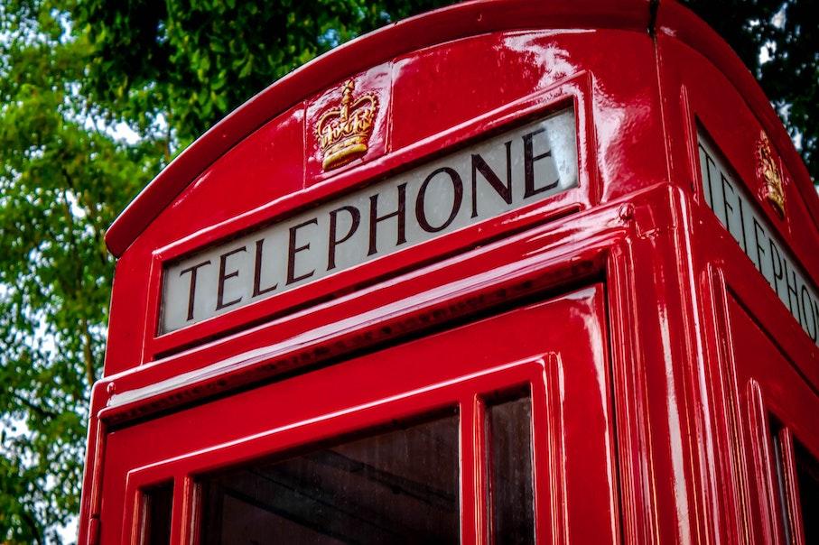 Mots croisés – Au téléphone – anglais- français